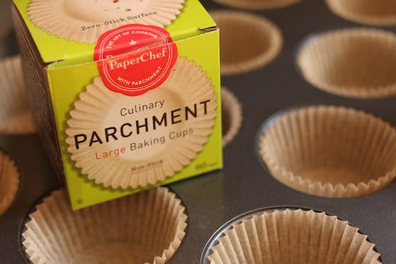 Parchment muffin tin liners