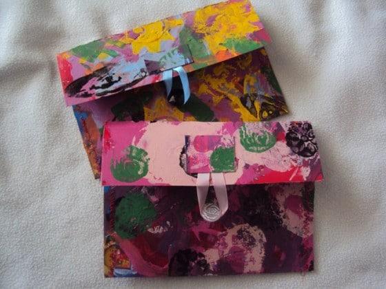 recycled crafts - cardboard clutch purse