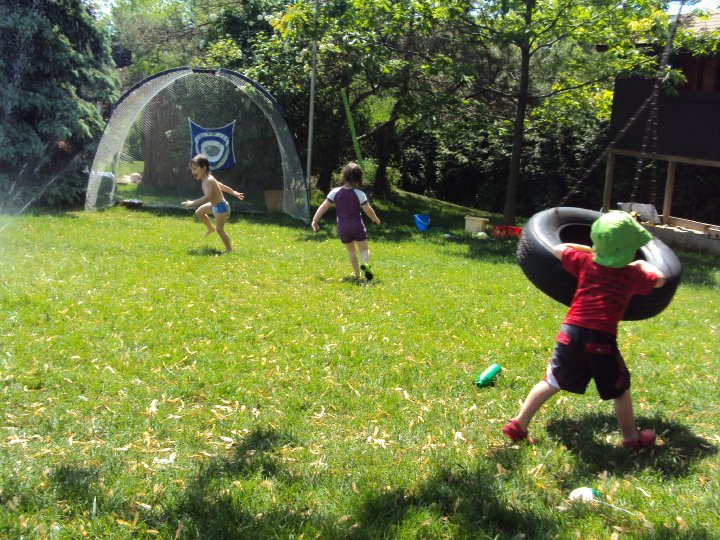 Backyard Play backyard play ideas for toddlers and preschoolers - happy hooligans