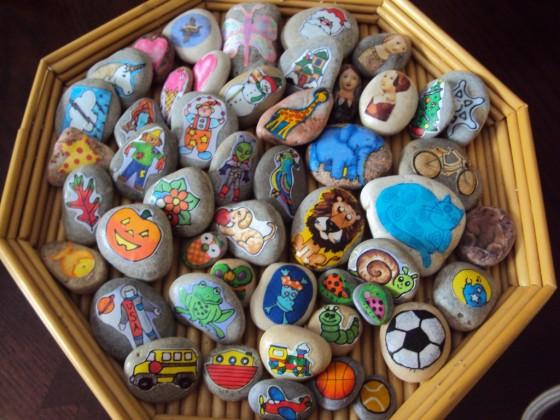 story stones - happy hooligans