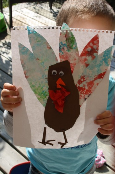 finished bubble painting footprint turkey craft
