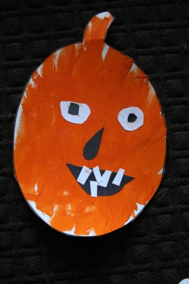 jack o lantern craft made by toddler