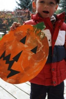 Smoosh-Painted Pumpkin Art for Toddlers