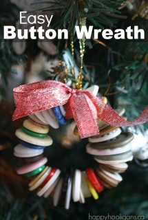 Pipe Cleaner and Button Wreath Ornament for Toddlers and Preschoolers