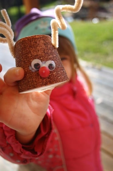 easy christmas crafts - toilet roll reindeer