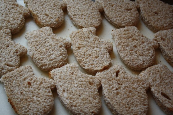 many bread mittens cut with cookie cutter