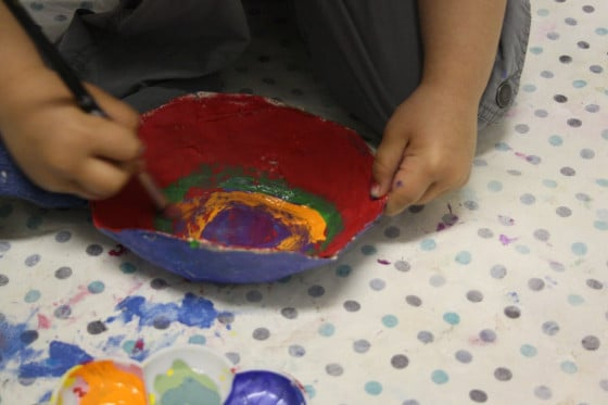 Paper mache bowls a gift for kids to make and give for Paper mache ideas for kids