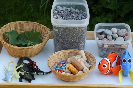 What to put in an ocean sensory bin