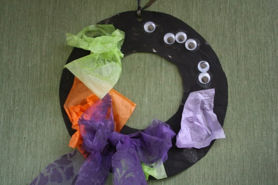 paper plate wreath for halloween