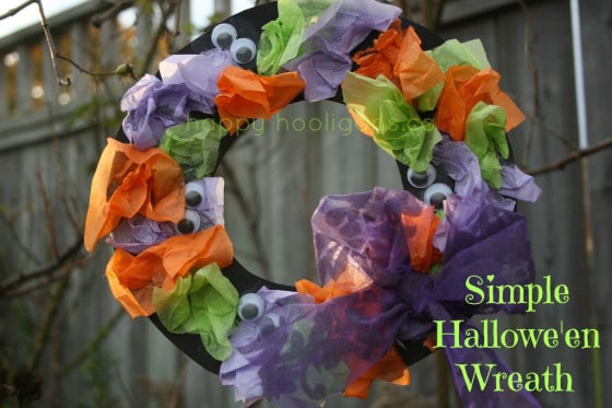 tissue paper halloween wreaths for toddlers and preschoolers