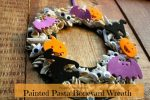 Boneyard Wreath for Halloween for Toddlers and Preschoolers to Make