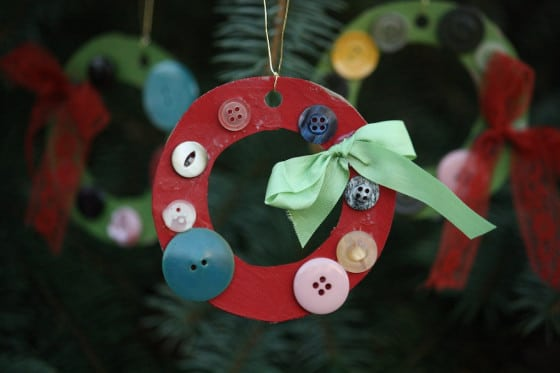 button wreath - happy hooligans