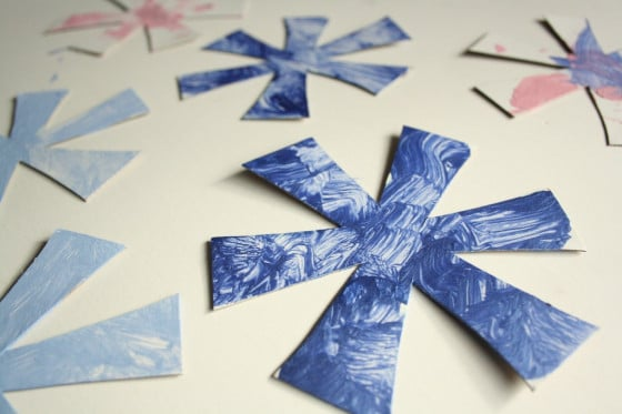 simple snowflake ornaments - white cardboard and acrylic paint