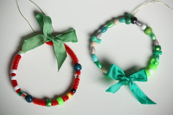 beaded wreath ornament - red and green wreaths