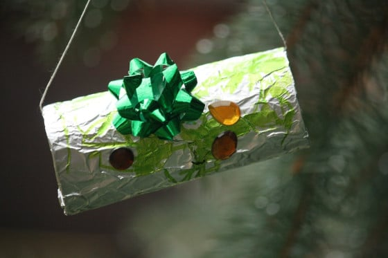 toilet roll foil-wrapped ornament