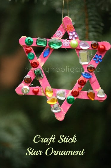 Ppopsicle stick star ornament for toddlers and preschoolers to make