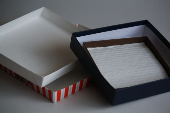 using various box lids for art canveses