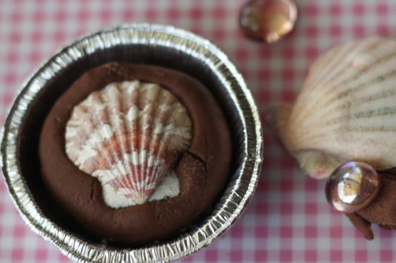 seashells in chocolate and strawberry playdough