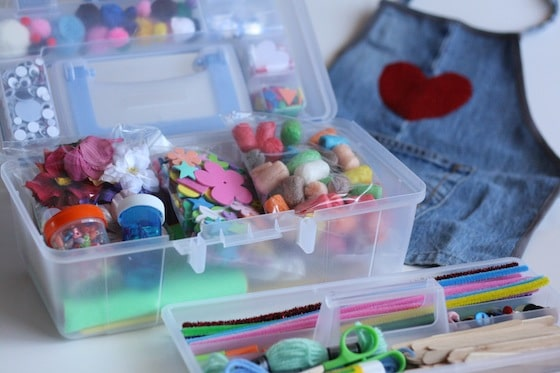 portable craft kit for crafty kids and teenager babysitters