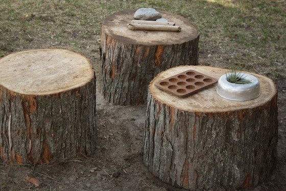 play logs in the mud kitchen