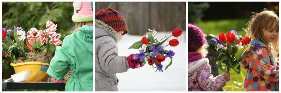 preschoolers using artificial flowers for play