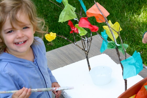 preschooler making fall tree craft