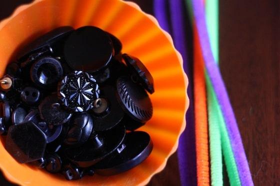 supplies for Hallowe'en Button Bracelets