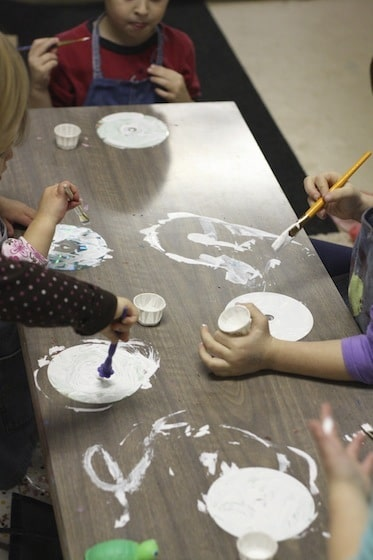 kids painting CDS