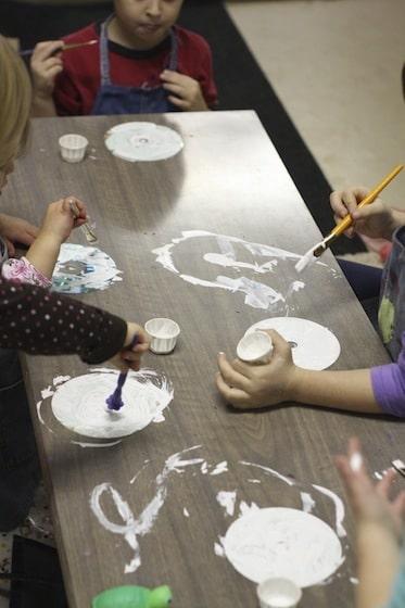 kids painting CDS