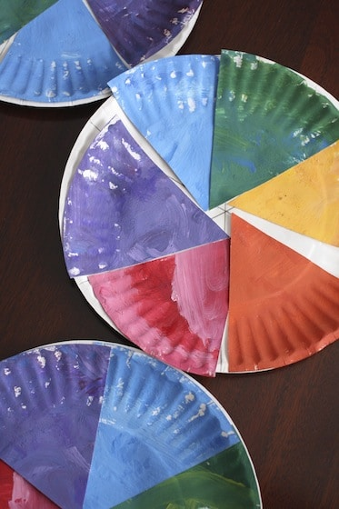3 paper plate colour wheels for toddlers and preschoolers (vertical)