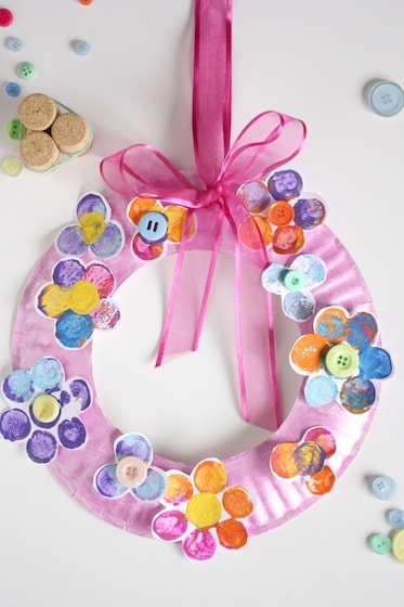 Adorable Cork Stamped Flower Wreath For Spring Happy