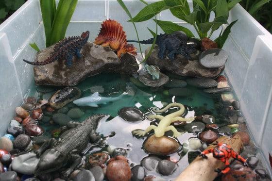 dinosaur water bin
