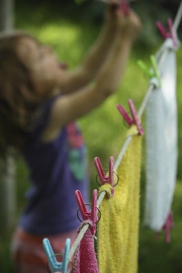 kid's clothesline activity