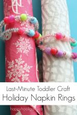 Pipe Cleaner Napkin Rings – an Easy, Last Minute Holiday Craft for Kids