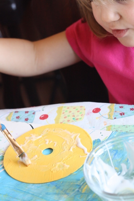 painting our cd chick craft