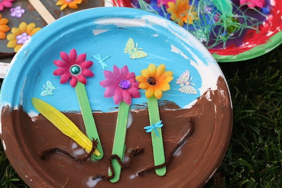 Paper plate garden a fun letter g craft happy hooligans paper plate garden g is for garden mightylinksfo