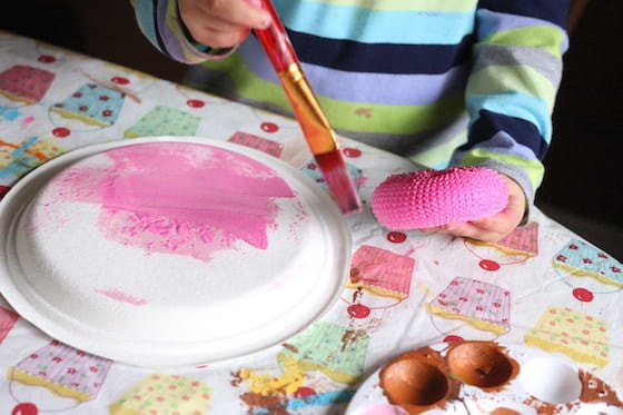 painting paper plate pink