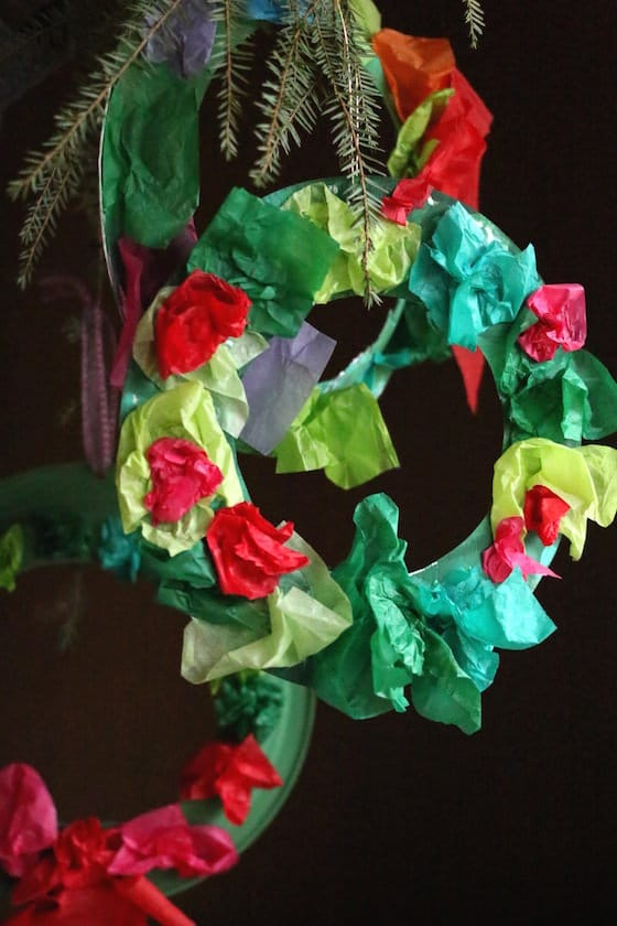 tissue paper paper plate wreath & Tissue Paper Christmas Wreath for Kids - Happy Hooligans