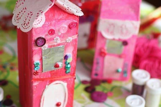 Valentines Gingerbread Houses - Happy Hooligans