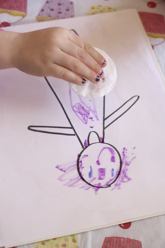 erasable drawing activity for toddlers and preschoolers