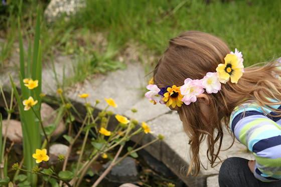 preschooler wearing homemade flowered headband