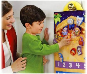 little-people-nativity-calendar velcro