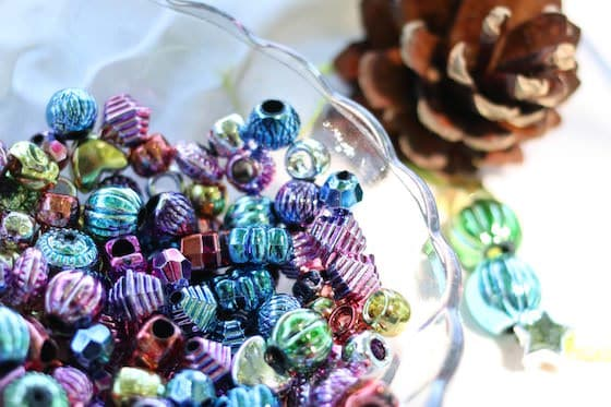 beads-and-pinecones