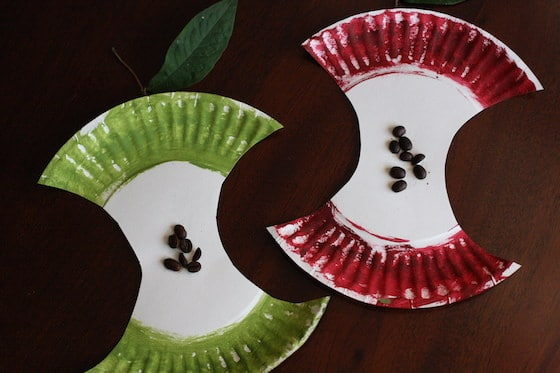PAPER PLATE APPLE CRAFT for preschoolers