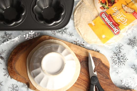 How to cut tortillas for torilla bowls