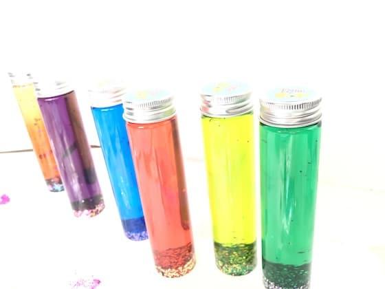 6 bright glitter bottles