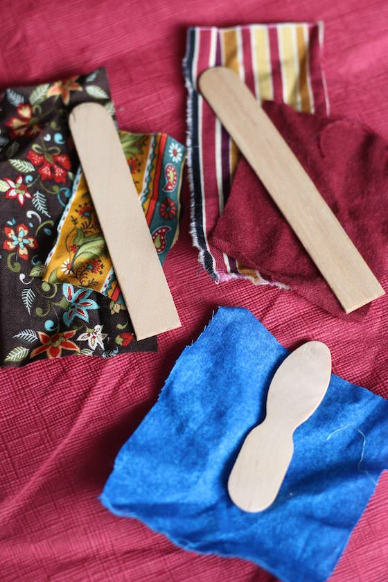 popsicle sticks and fabric for nativity craft