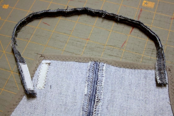 sewing strap on kids denim apron