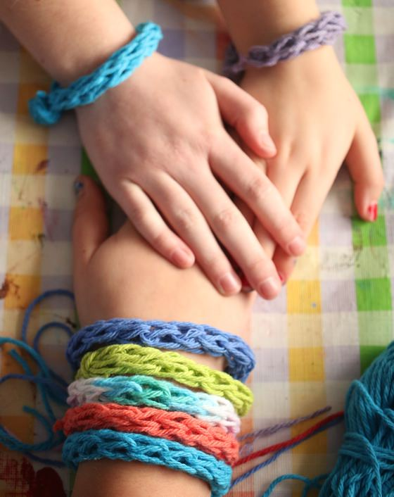toilet roll knitting bracelets for kids