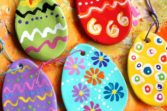 5 painted clay dough eggs for Easter tree